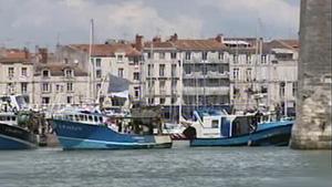 Pêcheurs bloquant le port de La Rochelle le 19 Mai 2008